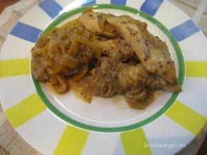 Pollo a la mostaza antigua